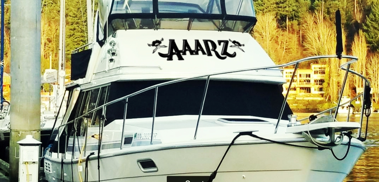 AAARZ Boat Lettering with Jolly Roger pirate 2 on house